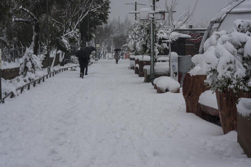 Foto Spazierweg auf den Gleisen